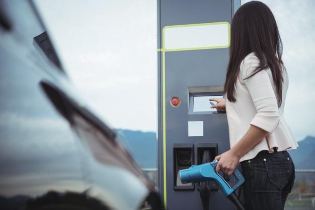 parama elektromobiliams 2021